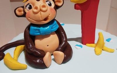 Monkey cake topper