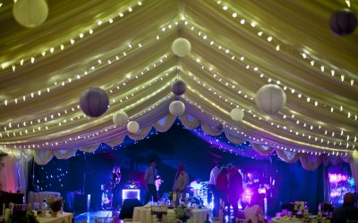 Clearspan marquee with pealights every 1.5m & starlight lining over dance floor