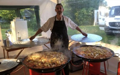Paella! Entertainment and Taste!