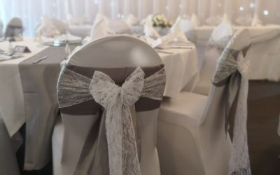 Twinkle backdrops are perfect for creating a blank canvas / background for pictures or to create a stunning background for the bride and groom.