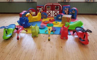 DM Inflatables & Party Services  9