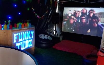 Funky Tubz 1