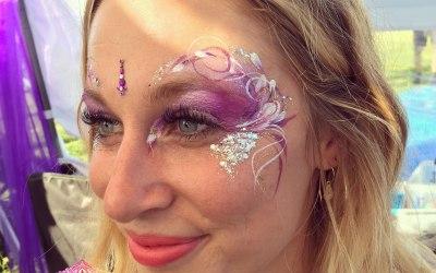 Adults or teens festival eyes