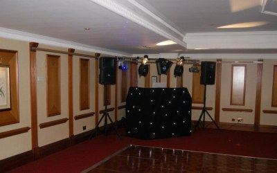 Twinspin Mobile DJ Services 1