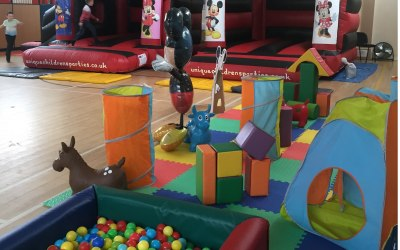 Bouncy Castles & Soft Play