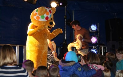 Bugfest live Children in Need Carfest