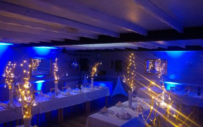 Gold package with mood lighting with great effect