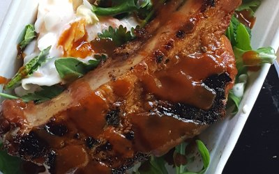 Our Pork & Fork for the gluten adverse pairs an awesome salad with a portion of ecellently barbecued meat, perfect for mobile events with little seating