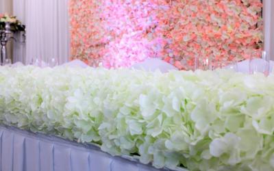 Pretty White Weddings & Events 3