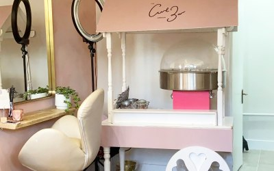 Branded Candyfloss cart for Them Curl Bar' Opening