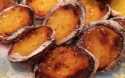 Pastieis de nata (portugués custard tart)
