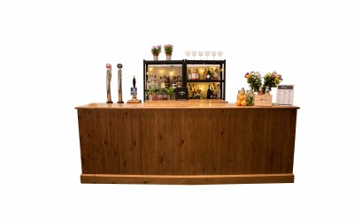 10 ft Rustic Bar Set Up