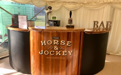 The Horse & Jockey Mobile Bar 5
