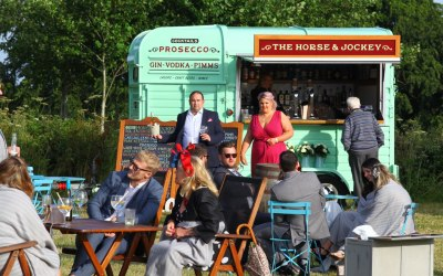 The Horse & Jockey Mobile Bar 9