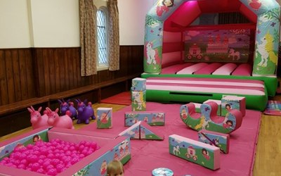 Unicorn Bouncy Castle & Soft Play Package