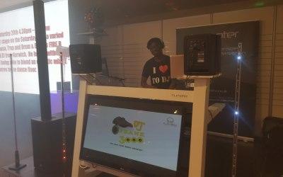 Mobile DJ 4