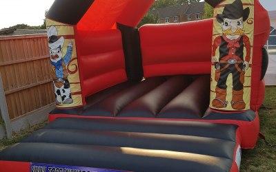 Topbanana Bouncy Castles 5