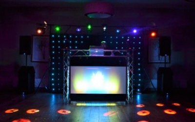 Lights & Lasers set up. Photo taken at The Fox and Hounds Hotel in Tetbury.