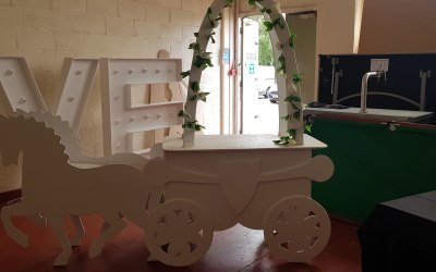 Horse and carriage sweet cart