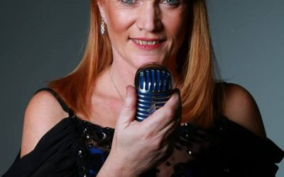 Sandy Smith - Outstanding Female Vocalist 6