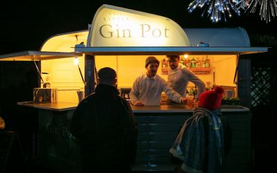 The Little Gin Pot 2