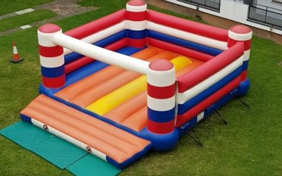 giant bouncy castle great for all ages