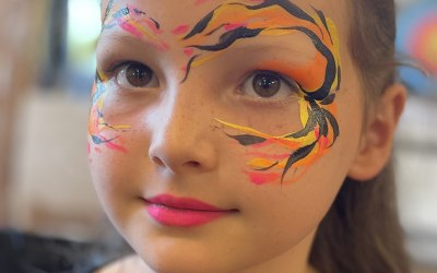 Arty Sparkles Face and Body Painting 8