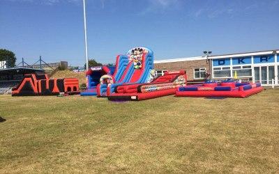 Bouncy bouncy boo castle hire 4