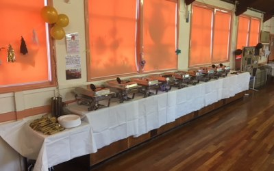 We also provide chafing dishes and party food sets.