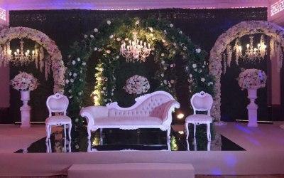 Luxuru floral stage design