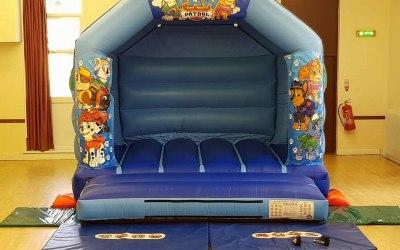 !2 x 12 Paw Patrol Bouncy Castle