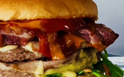 Prime burger with maple bacon and smoked cheese
