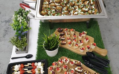 Glaze & Roll Catering Specialist 6