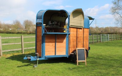 The Suffolk Horsebox Bar 1