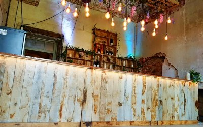 Our Eco set up with Edison lighting rig and a rustic back bar.