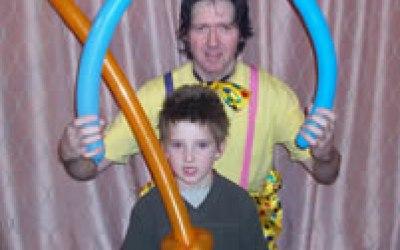 Jolly John balloon modelling.