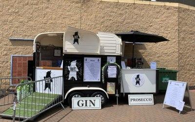 Gin Horsebox