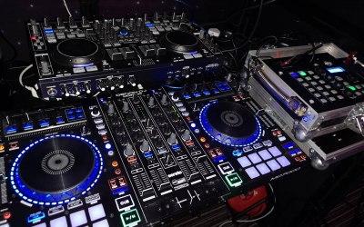 DBX Events and DJ David Munro  3
