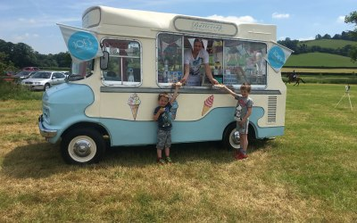 Buttercup Vintage Ice Cream Van 1
