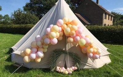 Balloons & Ribbons 9
