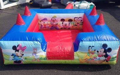 Bargin Bouncy Castles  3