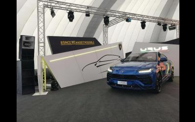Lamborghini URUS Launch, Full Production and LED Screen