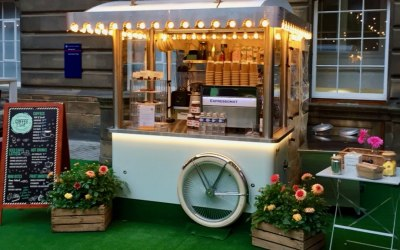 Our espresso Retro Coffee Cart @Edinburghfestivalfringe
