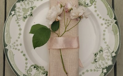 Napkin and plate hire