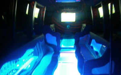 Finishing Touch Limousines 4