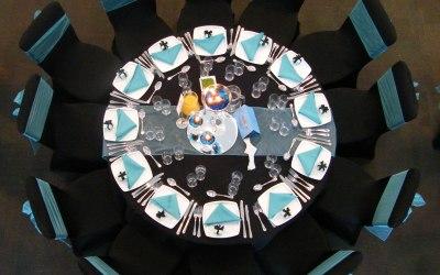 Wedding table setup - Black and Blue