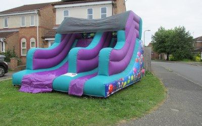 It's Funtime Bourne Bouncy Castle And Soft Play Hire 5