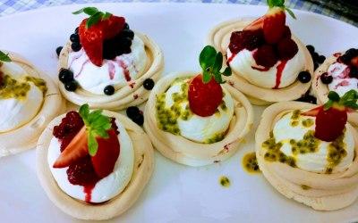 Summer fruit meringues