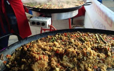 Outdoor catering - paella