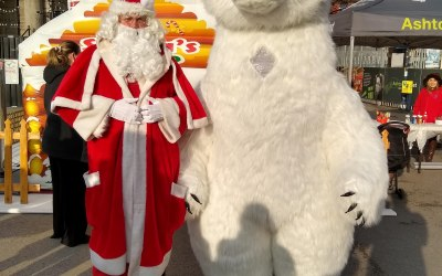 Peter the Polar Bear is 3m high and a fun Christmas character for your events at a friendly price